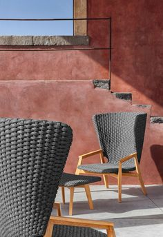 Knit, complete collection of outdoor furniture. Chairs and table in natural teak. Footstool and lounge high back armchair in natural teak. Knit, collezione completa di mobili per l'outdoor. Poggiapiedi e poltrona lounge con schienale alto in teak naturale. Designed By Patrick Norguet #Ethimo #design #architecture #outdoor #furniture #chair #table #garden #luxury #outdoordesign #ideas #inspiration #style