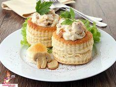 Mantarlı ve Tavuklu Volovan Tarifi... Pratik ve lezzetli bir hamur işi. Birbirinden güzel hamur işleri için tıklayın.