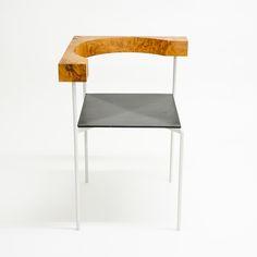 Maniera 01: Corner Chair - Wood