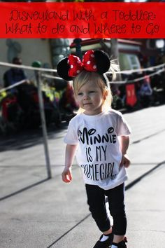 Visiting Disneyland with a Toddler? These tips will make your visit magical, fun and easy as pie!: