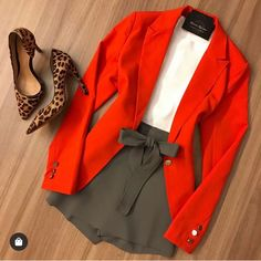 Women S Clothing Clearance Business Attire, Business Fashion, Blazer Fashion, Fashion Outfits, Fashion Fall, Fashion Clothes, Fashion Ideas, Look Blazer, Leotard Fashion