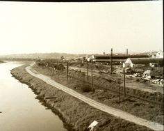 Marginal Pinheiros, 1960 (antes da construção da via). Já havia a linha de trem que hoje é a Linha 9 da CPTM.