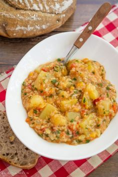 Raw Vegan Recipes, Lunch Recipes, Low Carb Recipes, Diet Recipes, Vegetarian Recipes, Cooking Recipes, Healthy Recipes, Romanian Food, Good Food