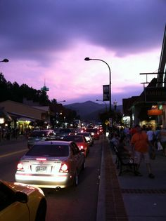 Gatlinburg, TN strip