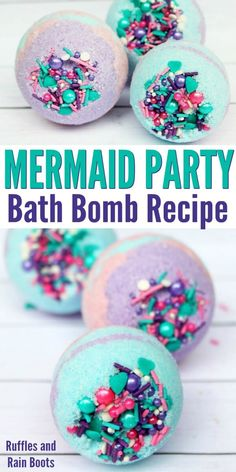 Mermaid Bath Bombs That Look AMAZING Two Ways! Mermaid bath bombs are amazing to gift, get, or keep yourself! This easy bath bomb recipe will have you making multi-colored bath bombs in no time! Pot Mason Diy, Mason Jar Crafts, Mermaid Bath Bombs, Unicorn Bath Bombs, Diy 2019, Bombe Recipe, Homemade Bath Bombs, Bath Bomb Recipes, Easy Bath Bomb Recipe