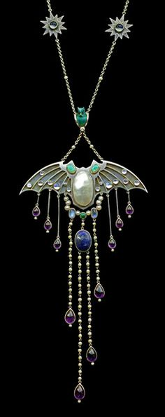 Art Nouveau, Belle Epoque, and Edwardian Jewelry ~ bat necklace, Bijoux Art Nouveau, Art Nouveau Jewelry, Jewelry Art, Antique Jewelry, Vintage Jewelry, Jewelry Accessories, Fine Jewelry, Jewelry Design, Jewelry Making