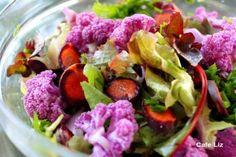 Purple food week continues: Tonight I made a light salad out of vitelotte potatoes, with a gentle dressing of olive oil and lemon. Purple Cauliflower, Cauliflower Salad, Broccoli Salad, Vegetable Salad, Purple Vegetables, Salad Recipes, Healthy Recipes, Purple Food, Purple Stuff