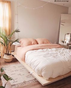 simple bedroom feel cozier than before 25 Dream Bedroom, Home Bedroom, Bedroom Decor, Peach Bedroom, Design Bedroom, Bedroom Signs, Bedroom Inspo, Bedroom Inspiration Cozy, Bedroom Shelves