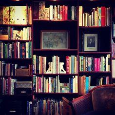 Bookcase at Villavägen 3