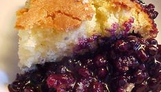 Recipe: Blueberry pudding from Lac-St-Jean. No Bake Desserts, Easy Desserts, Dessert Recipes, Ricardo Recipe, Bean Salad Recipes, Blueberry Recipes, Blueberry Pudding Cake, Canadian Food, Sweet Pastries