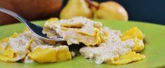 Tortelli di zucca con pere e Taleggio D.O.P. in salsa di noci