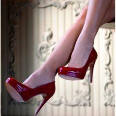 ¿Te gusta el look de Sarah Jessica Parker? ¡Inspírate en él y hazlo tuyo dándole tu toque personal en nuestra web www.customandchic.com!