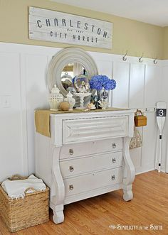 Coastal cottage inspired entryway vignette @Tricia Leach Leach Leach @ Simplicity In The South