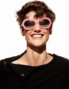 Katie Grand for Hogan Spring-Summer 2013 sunglasses. Like 'em!