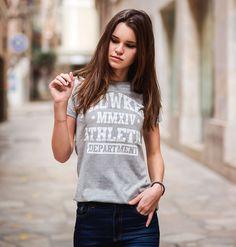 camiseta chica flowker athletic department gris 1