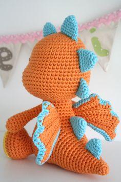 Mesmerizing Crochet an Amigurumi Rabbit Ideas. Lovely Crochet an Amigurumi Rabbit Ideas. Crochet Dinosaur Patterns, Crochet Patterns Amigurumi, Crochet Dolls, Crochet Elephant Pattern, Amigurumi Toys, Dragon En Crochet, Crochet Dragon Pattern, Crochet Diy, Crochet Crafts
