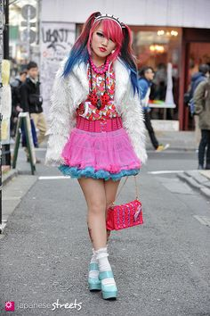 130113-0570 - Japanese street fashion in Harajuku, Tokyo