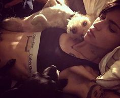 Ruby Rose  and puppy  on fleek