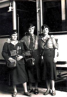 HELFERIN Strassenbahn Berlin 1943