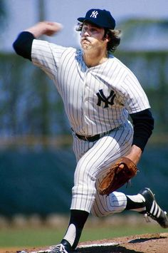 """Jim """" catfish"""" Hunter. While pitching for the NY Yankees. Best known as an Oakland A's World Champion pitcher http://SFBayHomes.com"""