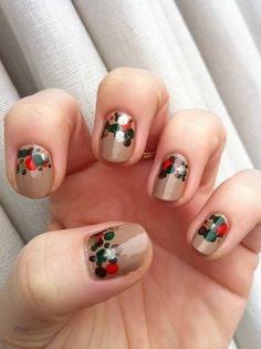 Autumn dots nail-art