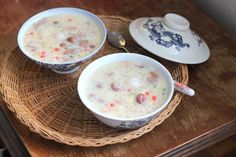 Peanut Sweet Soup Recipe (Chè Đậu Phộng). See more at www.vietnamesefood.com.vn/vietnamese-recipes/vietnamese-dessert-recipes/peanut-sweet-soup-recipe-che-dau-phong.html
