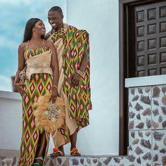 Ghanaian Kente fabric and styles is are becoming increasingly popular at African traditional wedding ceremonies bridal styles and dresses African Wedding Dress, African Print Dresses, African Dress, African Weddings, Ghana Traditional Wedding, Traditional Wedding Dresses, Couples African Outfits, African Attire, African Suits