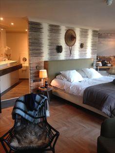Af en toe een hotelovernachting! Heel romantisch!