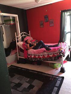 Ivelysse's bedroom
