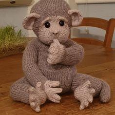 Baby Monkey Knitting pattern by Rainebo Knitting Dolls Free Patterns, Knitted Dolls Free, Teddy Bear Knitting Pattern, Knitted Teddy Bear, Free Christmas Knitting Patterns, Crochet Teddy, Loom Knitting, Baby Knitting, Knitting Toys
