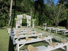 Beautiful white bench seating   Lynley Events Bali   www.lynley.net