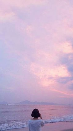 """I'm sunshine riverside! Sky Aesthetic, Aesthetic Photo, Aesthetic Pictures, Cute Wallpapers, Wallpaper Backgrounds, Girl Wallpaper, Girl Photography, Aesthetic Wallpapers, Art Girl"