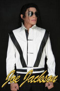 Joe Jackson imitador de Michael Jackson en mexico y el extranjero  Cuenta con más de 17 años caracterizando al Rey del Pop. Su calidad y profesionalismo al interpretar a Michael Jackson lo ha llevado a participar en eventos internacionales representando a México, en Estados Unidos, Centro y Sudamerica, ademas de haber participado en importantes eventos en Europa, Madrid, Barcelona e Islas Canarias, compartiendo escenarios con artistas de primera fila.