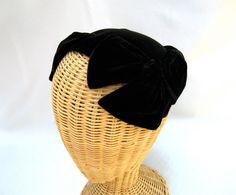 Vintage Ladies Calotte Hat Black Velvet Bows.