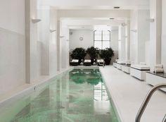 Waldorf Astoria - Chicago indoor pool