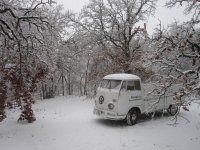 VW in snow