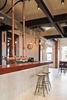 American Hotel Echuca pub …by Brandrick Architects .a traditional pub built in a red brick building …in Echuca,Victoria. Pub Bar, Cafe Bar, Cafe Restaurant, Restaurant Design, Brewery Design, Cafe Design, Design Design, Burger Bar, Pub Interior