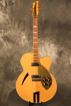 The 'lottery win' guitar. Jazz Guitar, Guitar Art, Music Guitar, Cool Guitar, Rickenbacker Guitar, Archtop Guitar, Rare Guitars, Vintage Guitars, Bass Guitar Straps