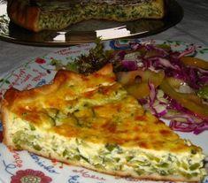 Blogue com receitas variadas, muitas fotos de comida e pequenos apontamentos de viagem.