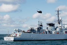 f 911 BNS westdep clase Wielingen fragata de la marina real belga mk 29 Sea Sparrow lanzador borde 7-MM38 Exocet SSM