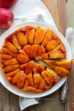 Upside-Down Cake aux Oranges Sanguines Vegetarian Recipes, Snack Recipes, Cooking Recipes, Crepes, A Food, Food And Drink, Crepe Maker, Cooking Cake, Pumpkin Spice Cupcakes