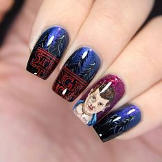 Ok, so this is kind of a nail fail, I don't like Elevens face at all it's so damn hard to paint a 1,2cm x 0,8 cm portrait But I decided to share it because a; it's Halloween b; I will share my swatches of the @illyrianpolish Stranger Things inspired fall collection tonight and c; regardless it's many faults I really like it's atmosphere. And oh yeah, my nails are that curved half of the letters are not showing I also decided to rewatch the show, starting tonight I'm we...