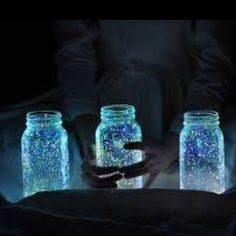 Glow-in-the-dark Mason jars! <3
