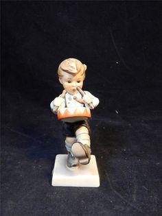 1964 Goebel M.I.  Hummel Little Drummer #240 TMK #4 Porcelain Figurine GERMANY