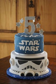 Fondant Star Wars Storm Trooper birthday cake
