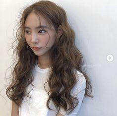 Light Hair, Perm, Hair Trends, Hair Bows, Curls, Curly Hair Styles, Hair Makeup, Hair Color, Hair Beauty