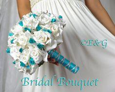 silk boutineers fushcia | ... silk flowers wedding bridesmaid bouquets groom boutonniere corsage