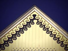 Gothis revival architecture characteristics gothic for Architectural gingerbread trim