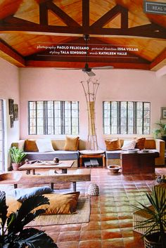 Filipino tropical house Source by Tropical House Design, Paint Colors For Home, Philippines House Design, Home Interior Design, Bungalow House Design, Beach House Decor, Filipino Interior Design, Traditional House, Colorful Interiors