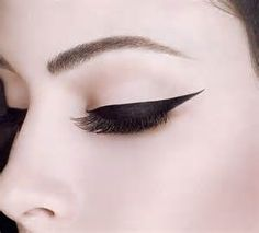 SuperExtend Precise #Liquid Liner is one swipe on and you're ready to go! #Avon #Dramatic #Eye #Makeup #AvonRep
